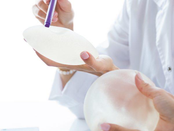 เนื้อสัมผัสของเต้านมเทียมมีความสำคัญจริงหรือ?