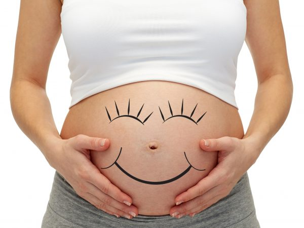 การยกกระชับทรวงอกจะปรับปรุงหน้าอกหลังการตั้งครรภ์ได้อย่างไร?